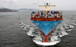 container_oceangoing_maersk